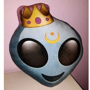 Alien Queen Princess Emoji Throw Pillow